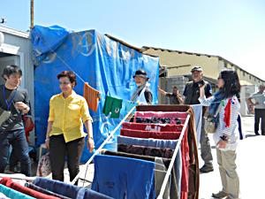 マルチシムーニ教会近くのコンテナ避難所