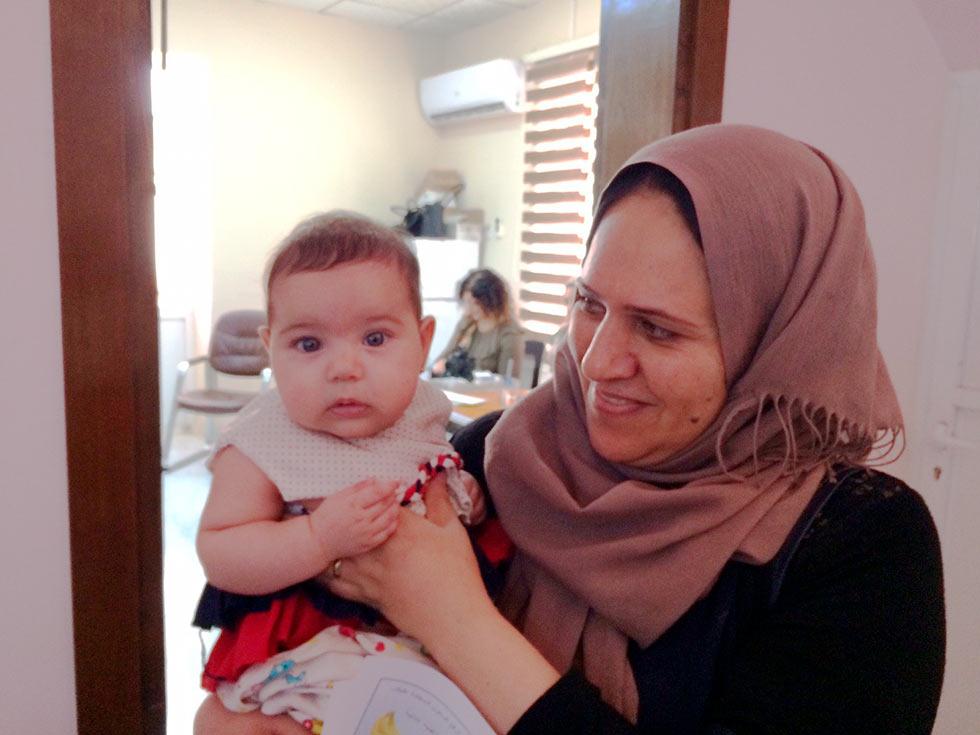 イラクの子供への支援